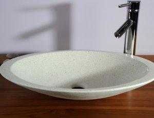 Vasque de salle de bain ovale blanche